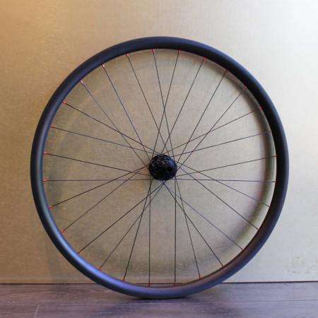 Paire de roues carbone VTT 29 pouces